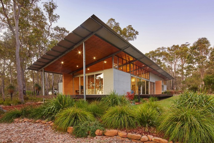 Bush-House-by-Archterra-Architects-03