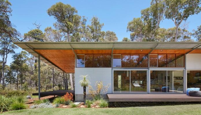 Bush-House-by-Archterra-Architects-05