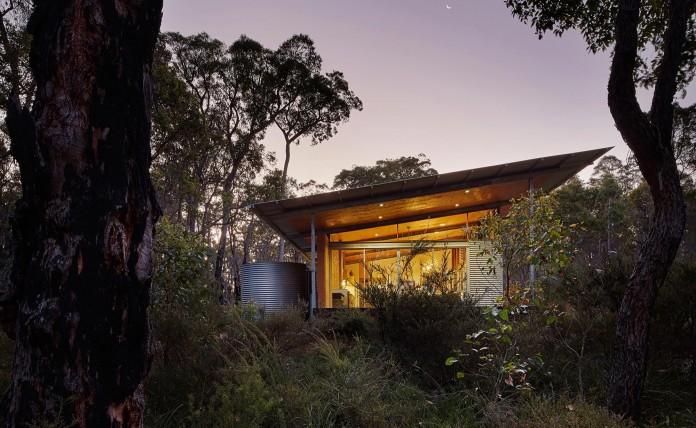 Bush-House-by-Archterra-Architects-17