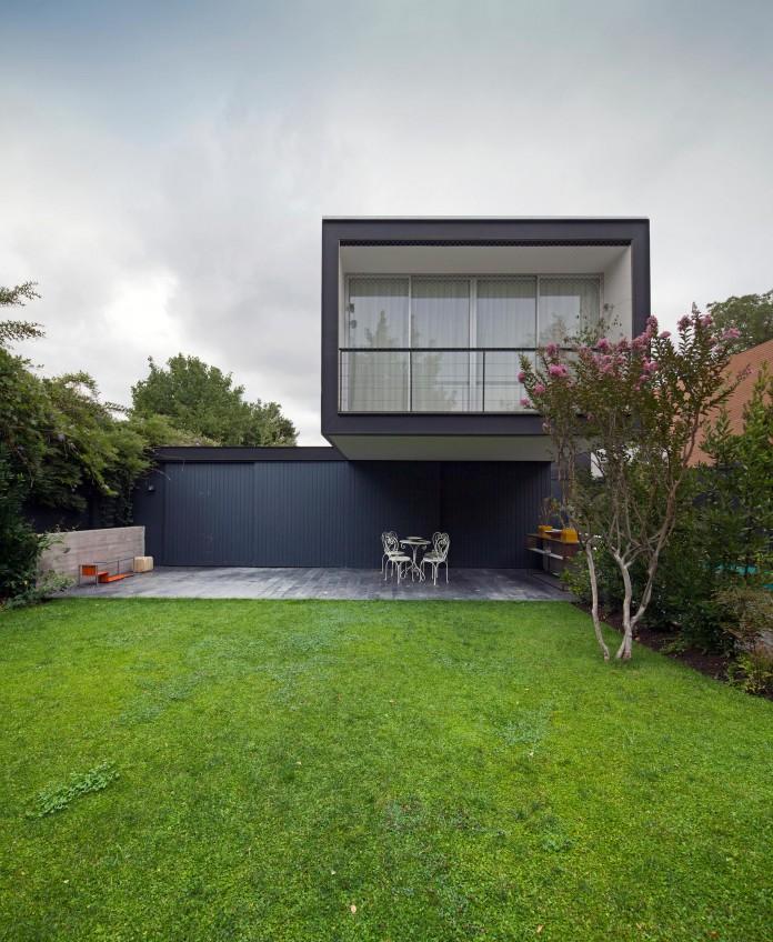 Casa-Vitacura-by-Riesco--Rivera-architects-02