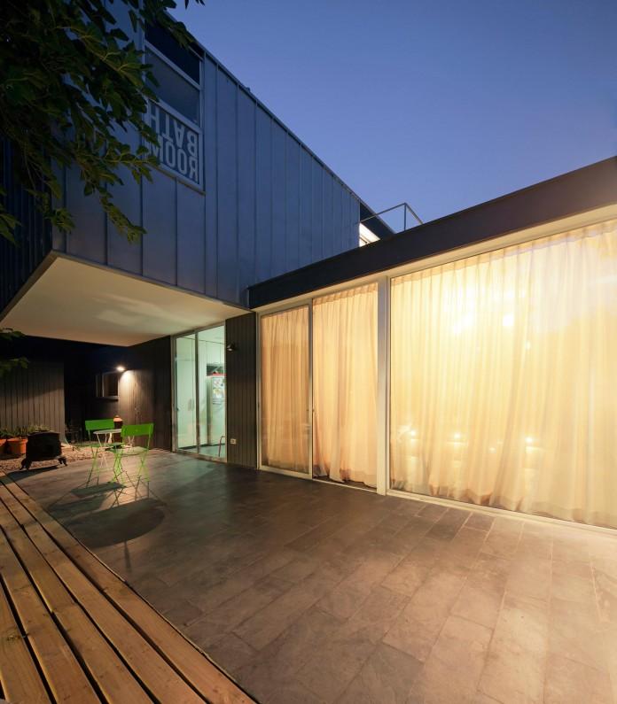 Casa-Vitacura-by-Riesco--Rivera-architects-11
