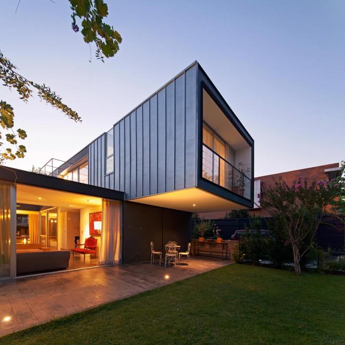 Casa-Vitacura-by-Riesco--Rivera-architects-13