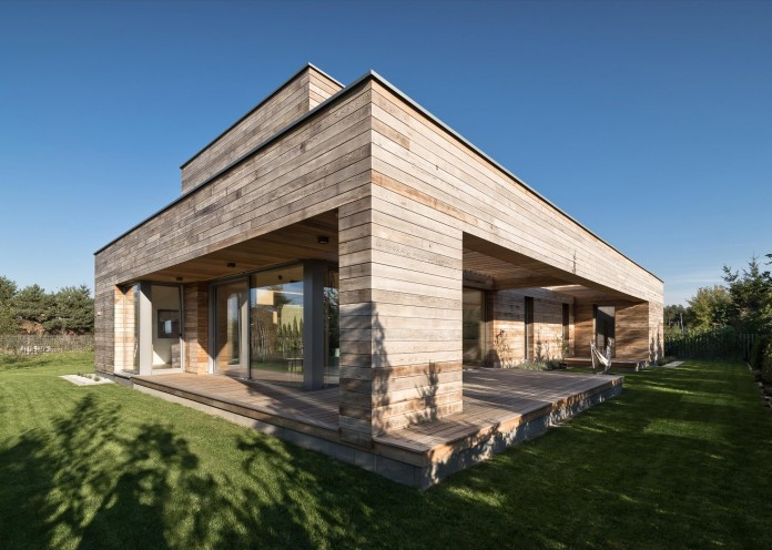 Cedar-House-by-Mariusz-Wrzeszcz-Office-02