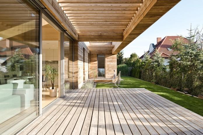 Cedar-House-by-Mariusz-Wrzeszcz-Office-04