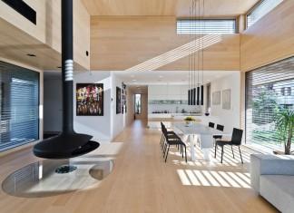 Cedar House by Mariusz Wrzeszcz Office