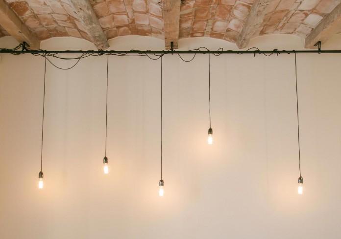 Charming-apartment-in-the-Gracia-district-in-Barcelona-by-Piedra-Papel-Tijera-Interiorismo-02
