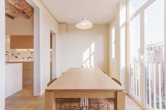 Charming-apartment-in-the-Gracia-district-in-Barcelona-by-Piedra-Papel-Tijera-Interiorismo-11