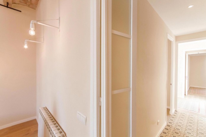 Charming-apartment-in-the-Gracia-district-in-Barcelona-by-Piedra-Papel-Tijera-Interiorismo-18