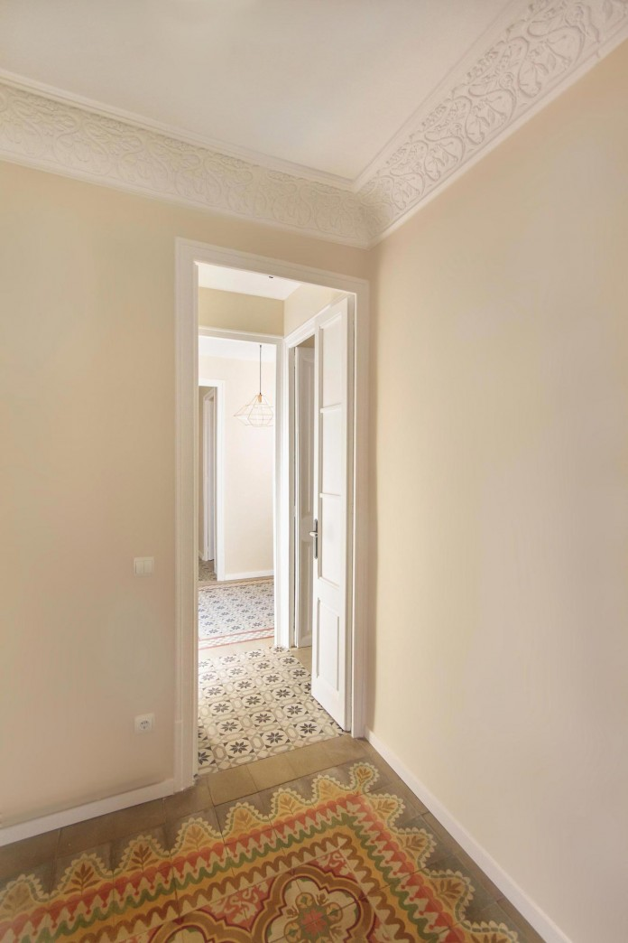 Charming-apartment-in-the-Gracia-district-in-Barcelona-by-Piedra-Papel-Tijera-Interiorismo-22