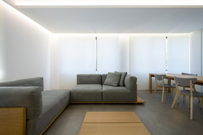 Clean-Environment-of-Apartment-P-in-Sofia-Bulgaria-by-Elia-Nedkov-03