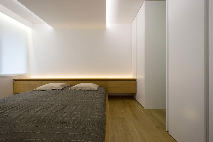 Clean-Environment-of-Apartment-P-in-Sofia-Bulgaria-by-Elia-Nedkov-09