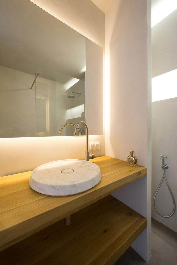 Clean-Environment-of-Apartment-P-in-Sofia-Bulgaria-by-Elia-Nedkov-15