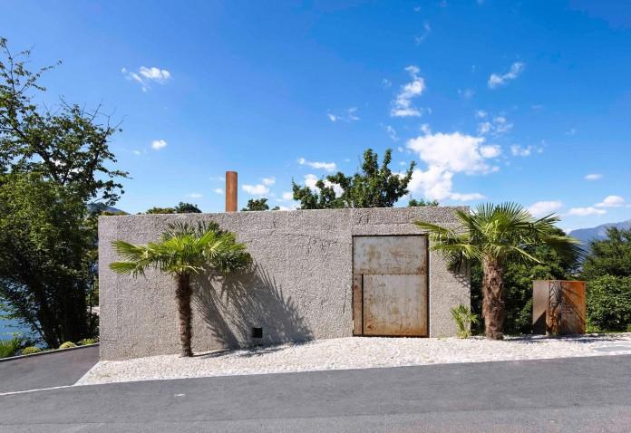 Concrete-House-in-Caviano-near-Lake-Maggiore-by-Wespi-de-Meuron-Romeo-architects-02