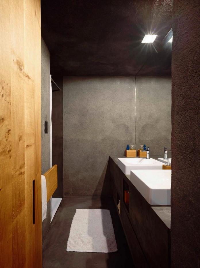 Concrete-House-in-Caviano-near-Lake-Maggiore-by-Wespi-de-Meuron-Romeo-architects-16