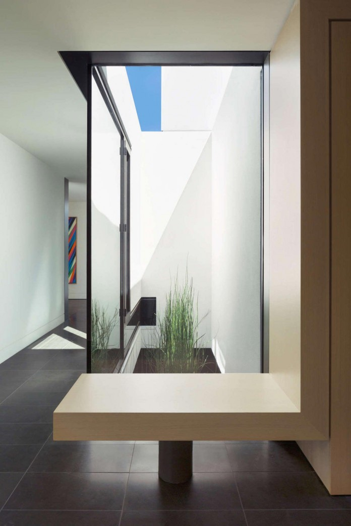 Contemporary-Yan-House-by-D-Arcy-Jones-Architecture-06