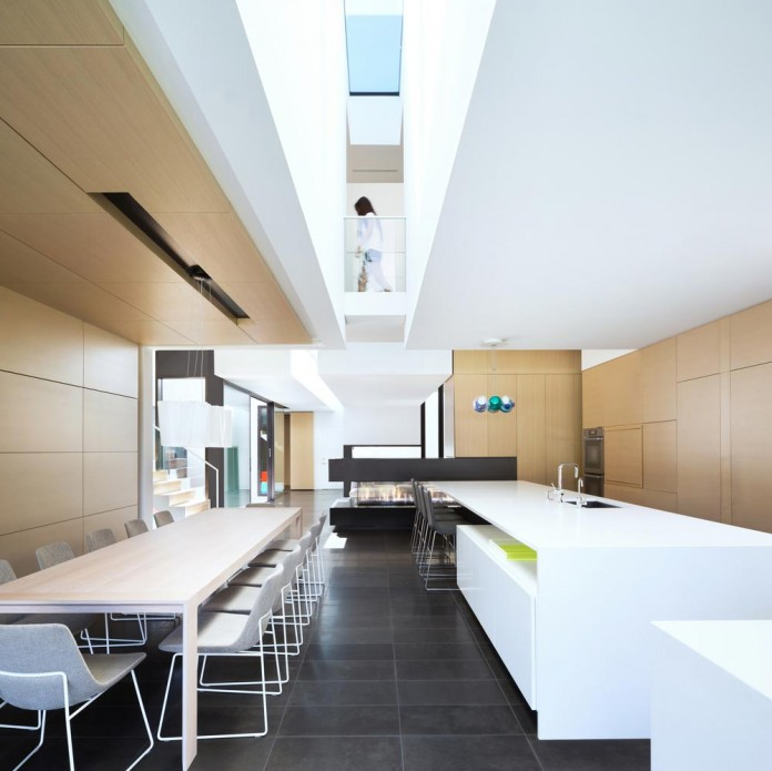 Contemporary-Yan-House-by-D-Arcy-Jones-Architecture-11
