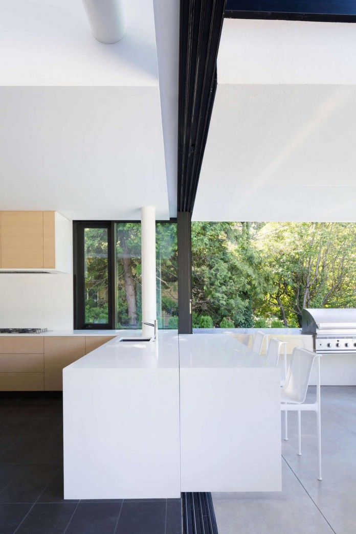 Contemporary-Yan-House-by-D-Arcy-Jones-Architecture-13