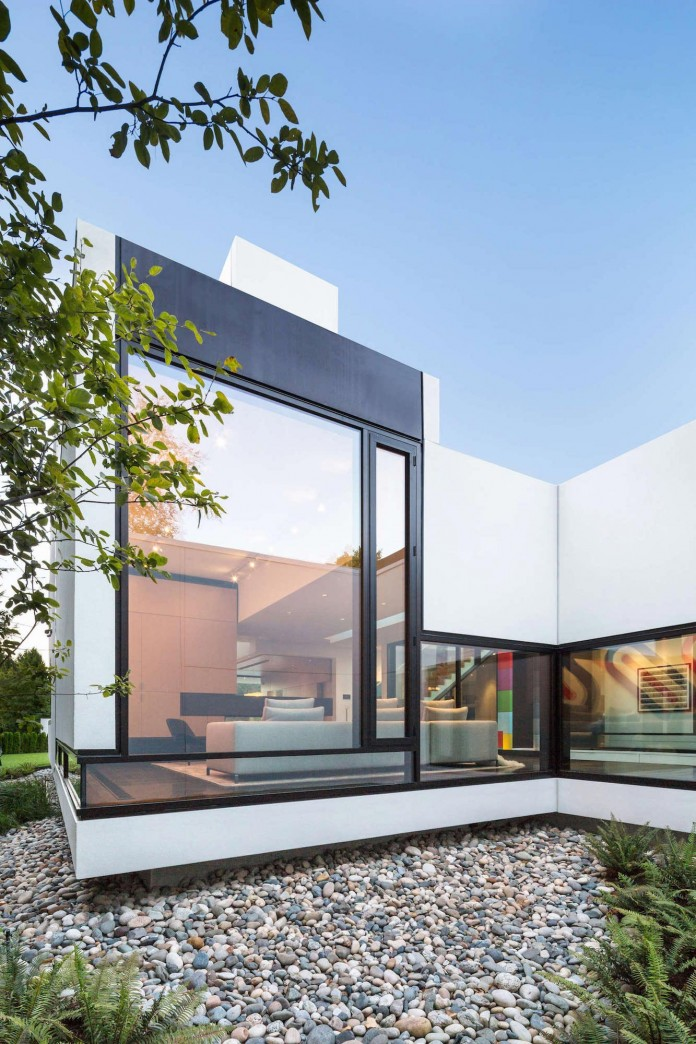 Contemporary-Yan-House-by-D-Arcy-Jones-Architecture-15