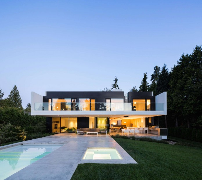 Contemporary-Yan-House-by-D-Arcy-Jones-Architecture-18