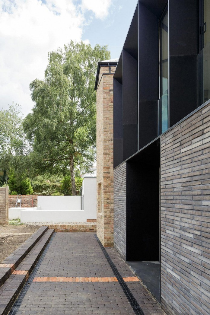 Conversion-of-two-semi-detached-residences-in-central-Oxford-into-one-family-home-by-Delvendahl-Martin-Architects-01