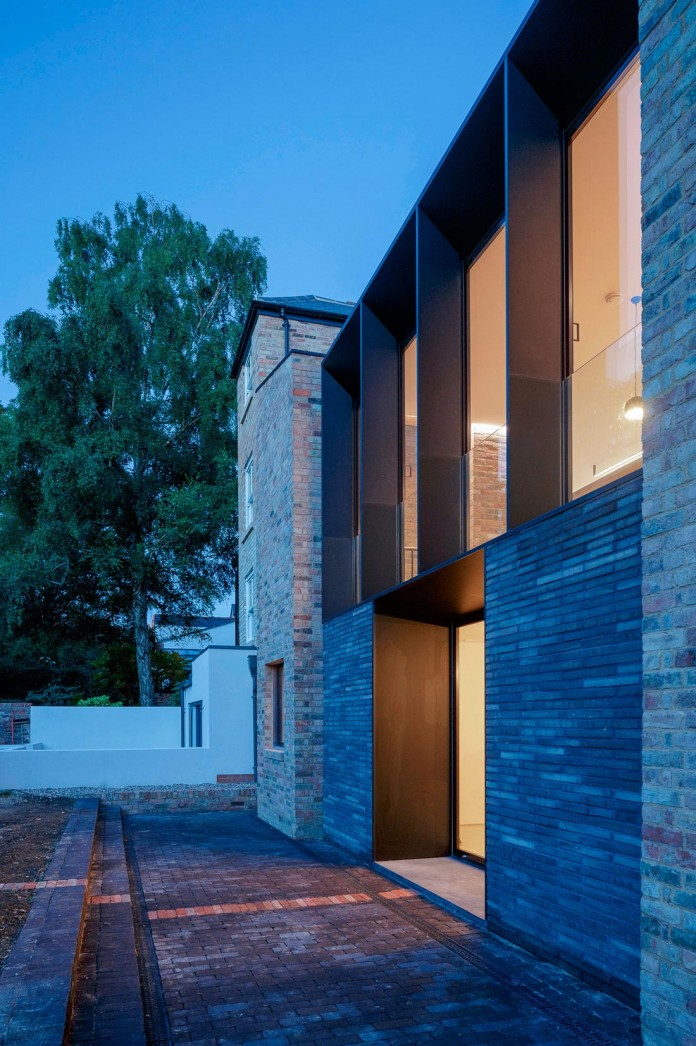 Conversion-of-two-semi-detached-residences-in-central-Oxford-into-one-family-home-by-Delvendahl-Martin-Architects-15