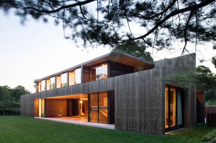 Elizabeth-II-Residence-in-Amagansett-by-Bates-Masi-Architects-04