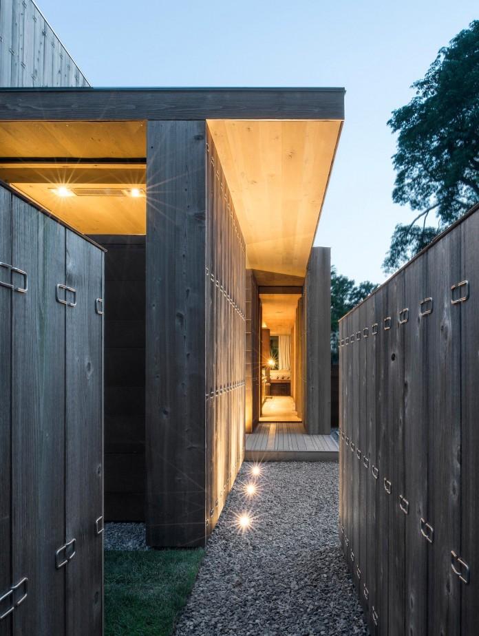 Elizabeth-II-Residence-in-Amagansett-by-Bates-Masi-Architects-05