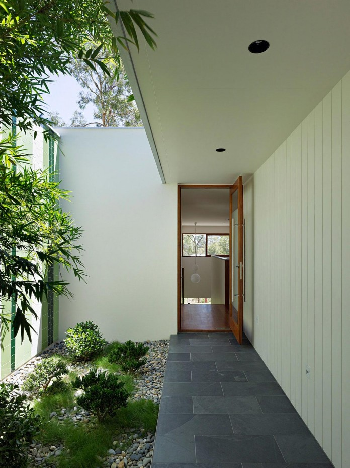 Fig-Tree-Pocket-House-2-by-Shane-Plazibat-Architects-03