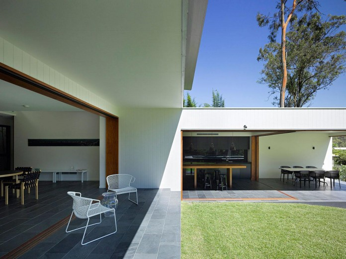 Fig-Tree-Pocket-House-2-by-Shane-Plazibat-Architects-05