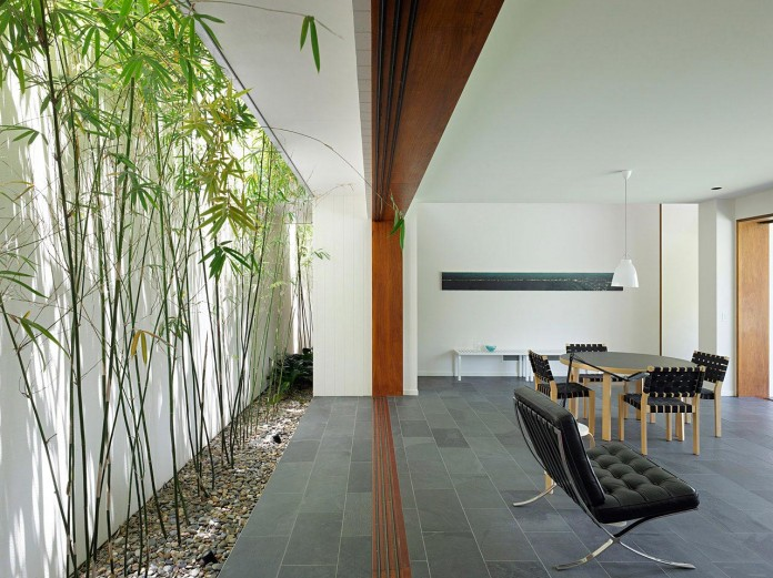 Fig-Tree-Pocket-House-2-by-Shane-Plazibat-Architects-07