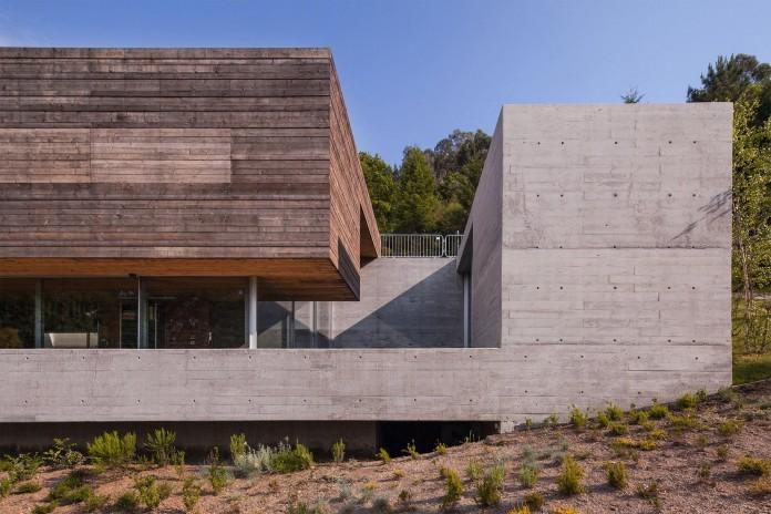 Geres-House-by-Carvalho-Araujo-Arquitectura-e-Design-04