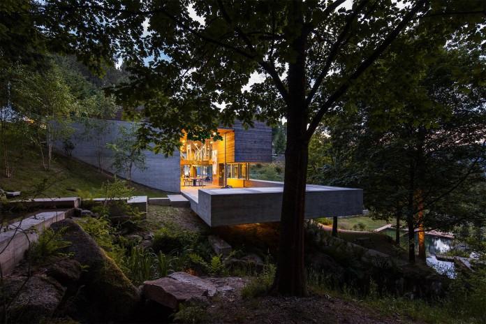 Geres-House-by-Carvalho-Araujo-Arquitectura-e-Design-11