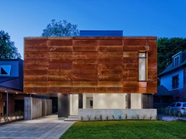 Heathdale contemporary single-family home by TACT Design INC.