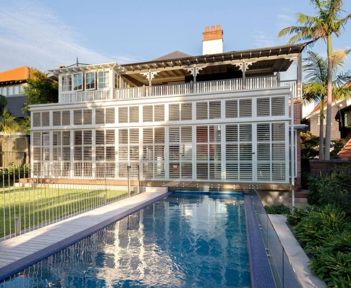 Heritage-Treasure-Chest-Residence-by-Luigi-Rosselli-Architects-03