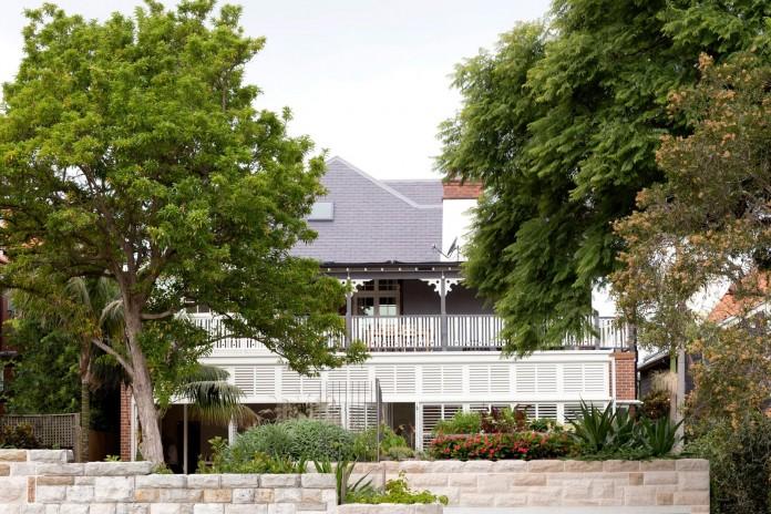 Heritage-Treasure-Chest-Residence-by-Luigi-Rosselli-Architects-06