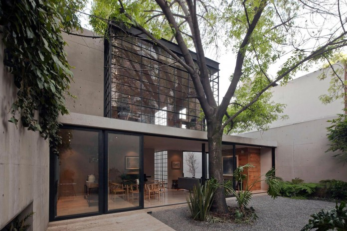 Hill-studio-home-designed-for-a-music-producer-and-artist-by-CCA-06