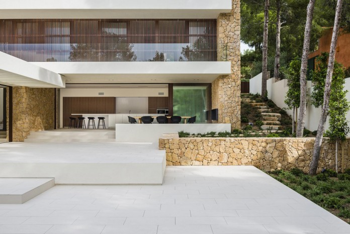 Holiday-T-Project-Home-by-Juma-Architects-07