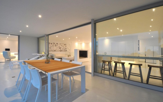 House-One-by-Studiovision-Architecture-03