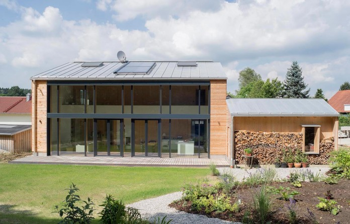 House-W-by-Wolfertstetter-Architektur-02