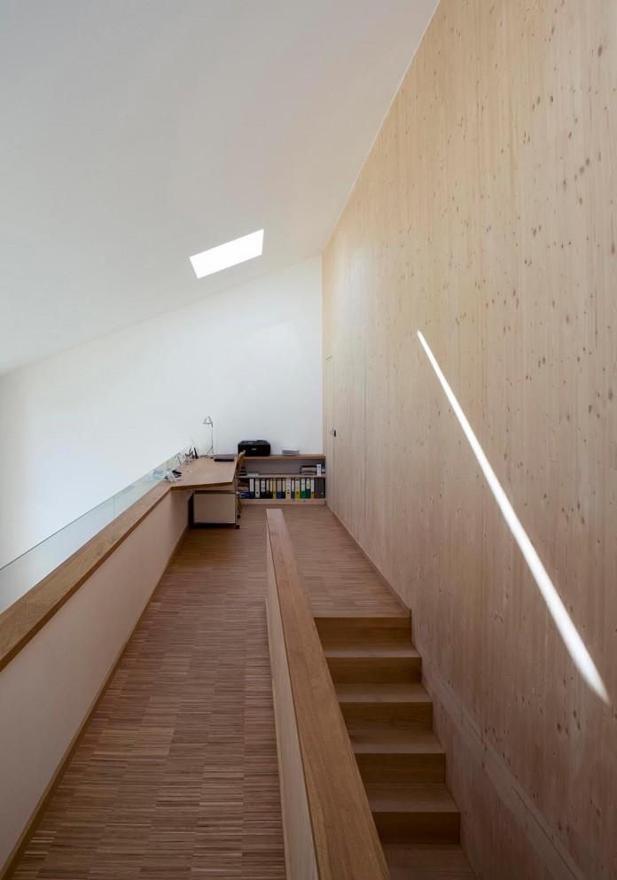 House-W-by-Wolfertstetter-Architektur-18