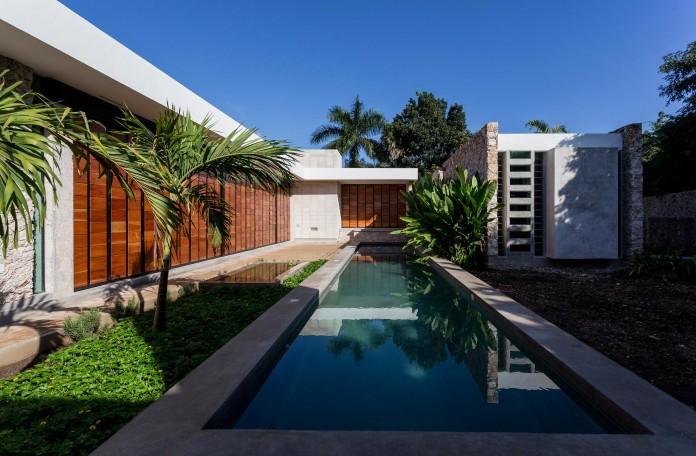 JA-Cholul-House-by-Taller-Estilo-Arquitectura-01