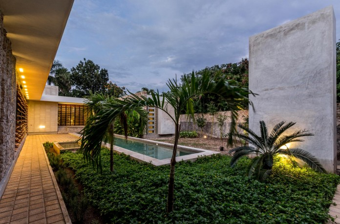 JA-Cholul-House-by-Taller-Estilo-Arquitectura-14