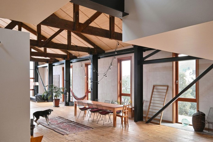 Kingswood-Factory-Residence-by-Max-Capocaccia-05