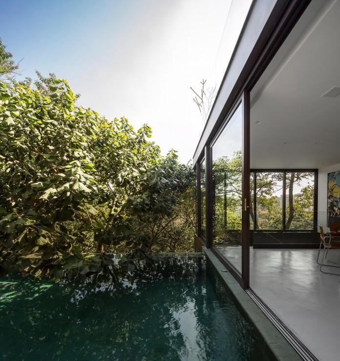 Limantos-Residence-by-Fernanda-Marques-Arquitetos-Associados-05