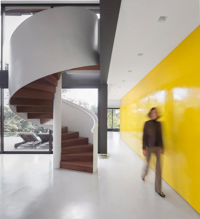 Limantos-Residence-by-Fernanda-Marques-Arquitetos-Associados-16