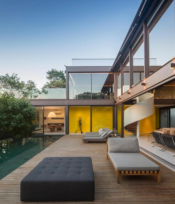 Limantos-Residence-by-Fernanda-Marques-Arquitetos-Associados-18