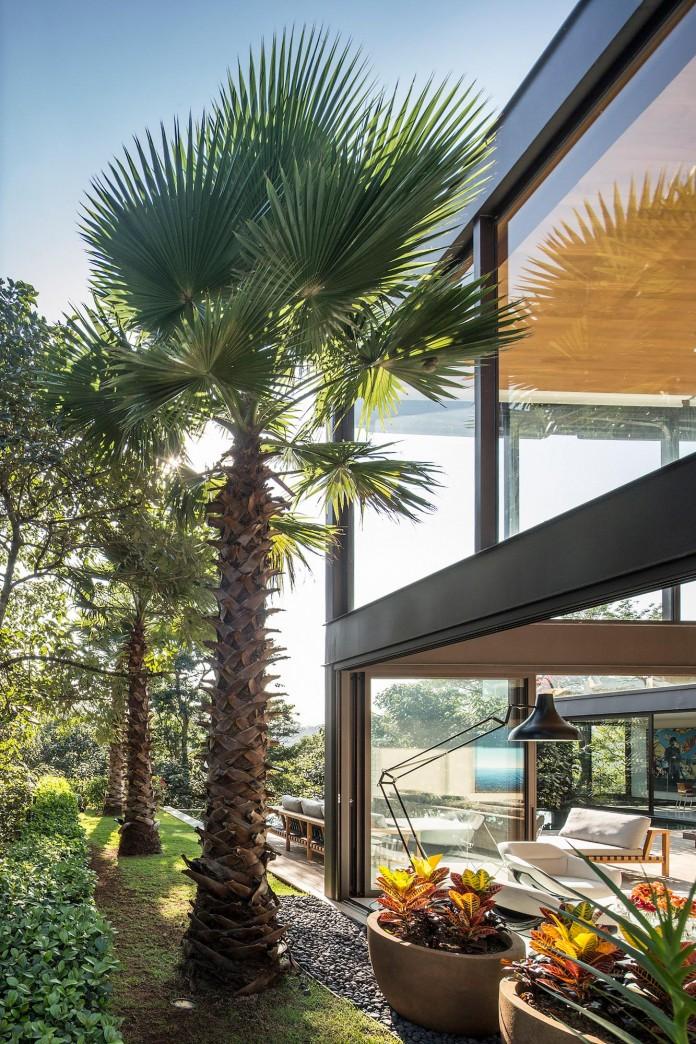 Limantos-Residence-by-Fernanda-Marques-Arquitetos-Associados-23