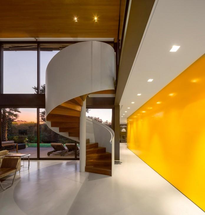 Limantos-Residence-by-Fernanda-Marques-Arquitetos-Associados-25