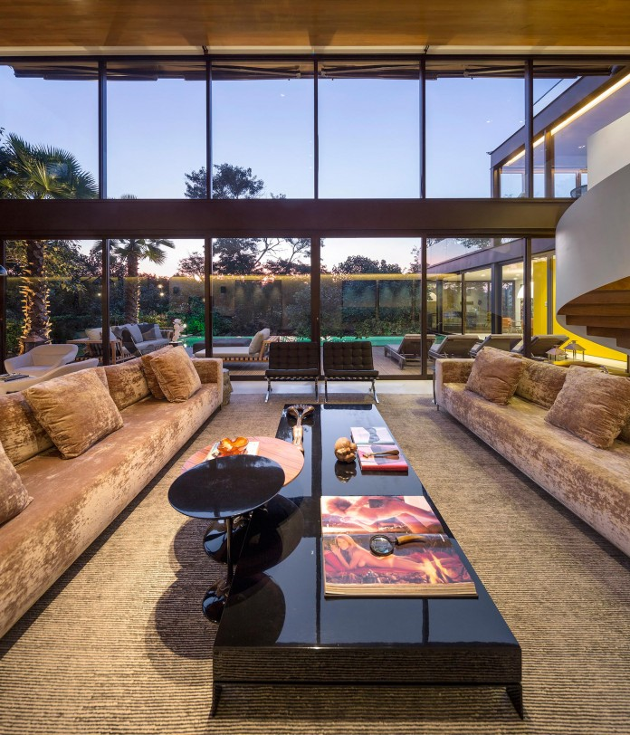 Limantos-Residence-by-Fernanda-Marques-Arquitetos-Associados-26