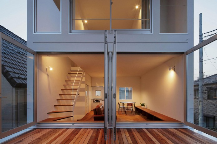 Little-Open-Air-House-with-a-big-Terrace-in-Tokyo-by-Takuro-Yamamoto-16